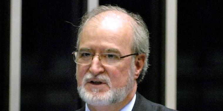 Justiça de MG mantém 20 anos de prisão para tucano Eduardo Azeredo