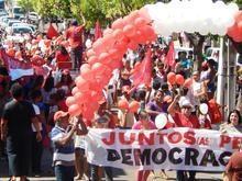 Caravana Lula Livre é recepcionada por um grande público em União
