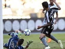 Com golaço de Gilson no fim, Botafogo bate o Grêmio no Brasileirão