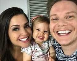 """Thais Fersoza se encanta com pedido da filha """"Quero uma selfie"""""""