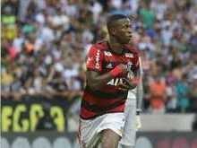 Flamengo derrota o Ceará e alcança liderança no Brasileirão
