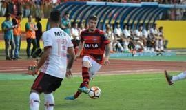 Flamengo vence Atlético-GO por 3 a 1 em amistoso