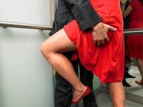 Confira dicas e cuidados para fazer sexo dentro do elevador