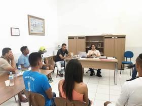 Prefeito Roger Linhares garante apoio a grupos juninos