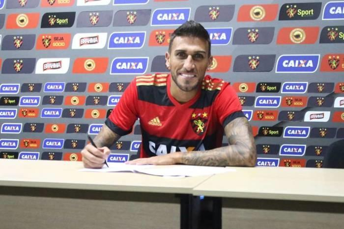 Rafael Marques assinou com o Sport até dezembro de 2018  (Crédito: Williams Aguiar/SCR)