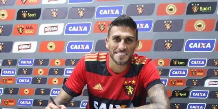Sport oficializa contratação de Rafael Marques até final de 2018