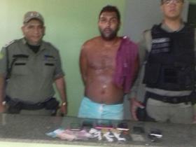 Policia estoura boca de fumo em Campo Largo e apreende drogas