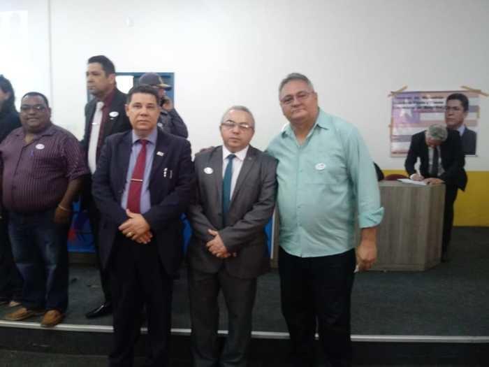 Vice-Prefeito Gílson Moura com autoridades da Segurança (Crédito: Aristeu Carvalho)