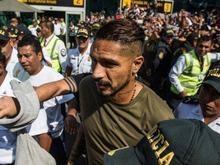 Guerrero se reúne com o presidente da Fifa em sua última cartada