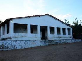 Vende-se uma fazenda no Centro-Sul do Piauí