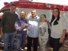 Município realiza entrega de nova ambulância e uniformes do SAMU