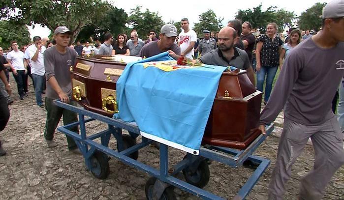 Delegado da Polícia Federal Davi de Farias Aragão é sepultado em São Luís (Crédito:  Miguel Lindoso/TV Mirante)