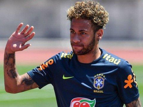 Mais caro da Copa do Mundo, Neymar vale mais do que 15 seleções