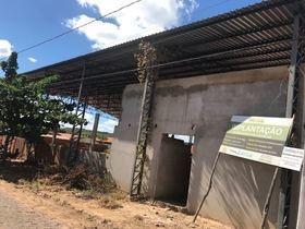 Obra Parada Causa Transtorno No Bairro Santa Catarina
