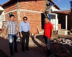 Apesar da Crise Financeira Obras Não Param em Ipiranga
