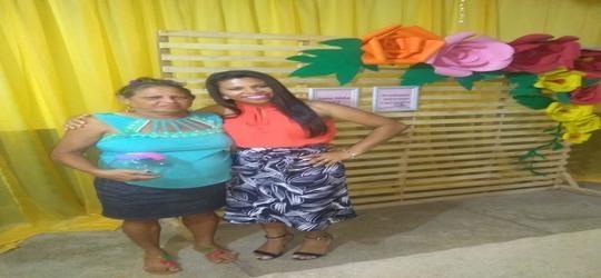 Mães são homenageadas pela escola UEPUC