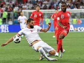 Inglaterra vence Tunísia com gol nos acréscimos do segundo tempo