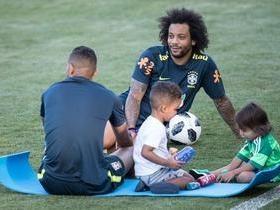 Após empate, Seleção brasileira treina, recebe família e tem folga