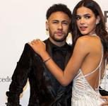 Marquezine acompanhará Neymar em jogos: 'Sem prejudicar equipe'