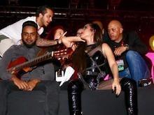 Wanessa Camargo é expulsa de palco, mas recebe apoio de Preta Gil