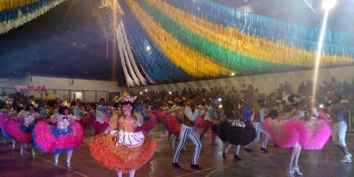 """Hoje (30), segundo maior """"São João"""" da cidade, entrada gratuita!"""