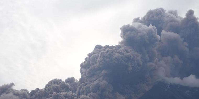 Erupção do vulcão de Fogo na Guatemala deixa 25 mortos