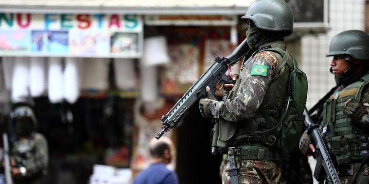 16 pessoas são presas em operação na comunidade da z. Sul do Rio