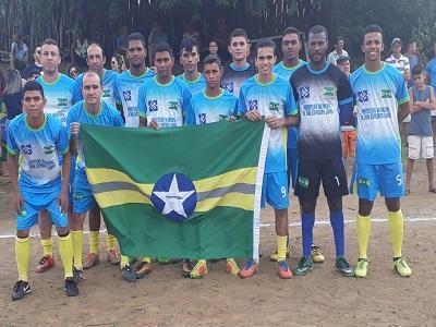 Seleção de DEL inicia com vitória no Futsal de Santa Cruz do PI