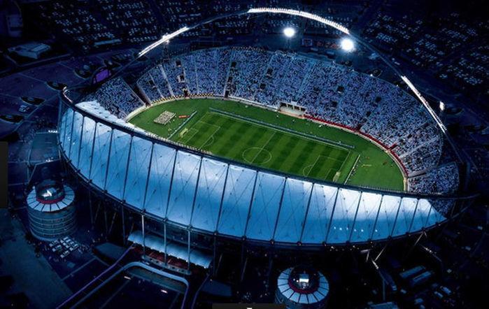 O estádio Internacional de Kahlifa tem capacidade para 50.000 lugares e poderá ser ampliado para 68.030 (Crédito: Divulgação)