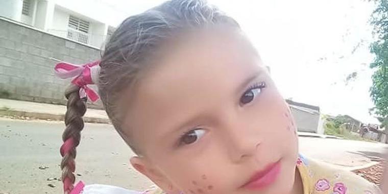 Menina picada por escorpião no quintal de casa morre em SP