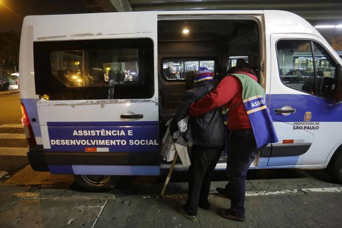 Wilson Teles trabalhava como coordenador dos motoristas que rodam a cidade para acolher moradores de rua (Crédito: Nelson Antonie/Folhapress)
