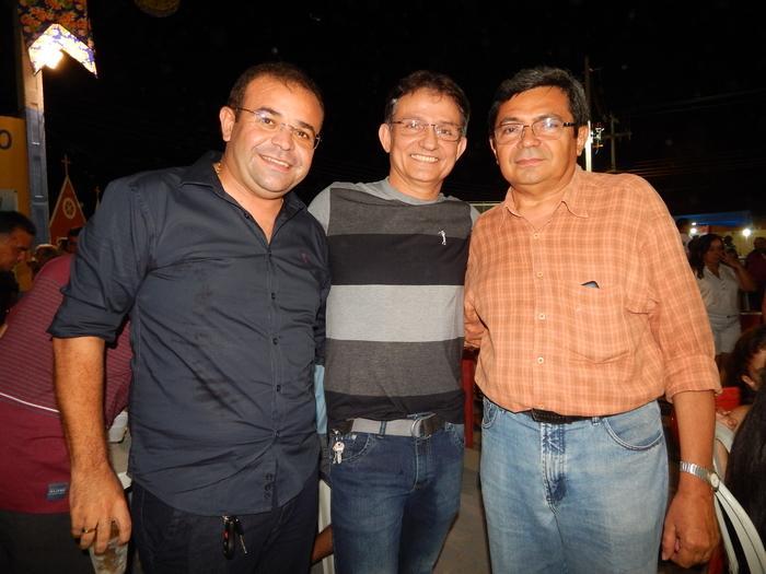 Prefeito de Monsenhor Gil João Luiz com Dr.Aarão e Jeferson Lopes