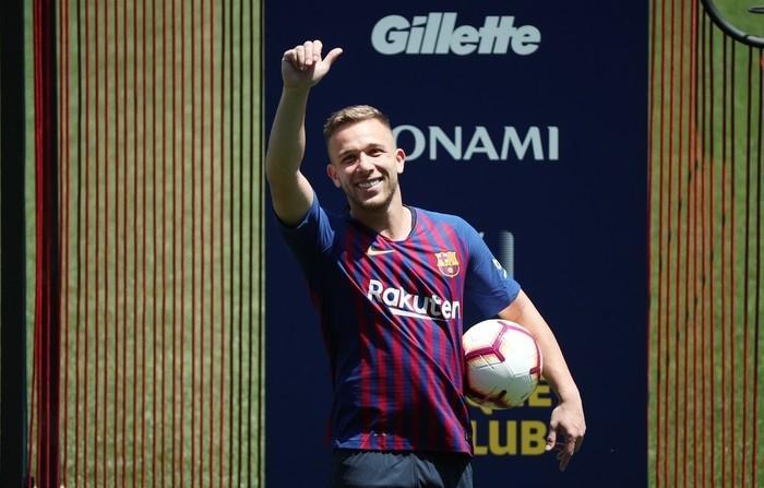 Arthur Melo no Camp Nou  (Crédito: Albert Gea / Reuters)