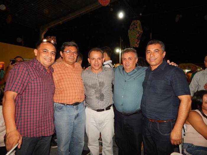 Dr.Aarão,Dr. Eliziario Júnior,Lucas Moura,Joãozim e amigo