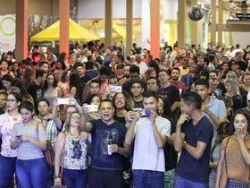 Cocais Shopping promove evento em celebração ao dia Mundial do Rock