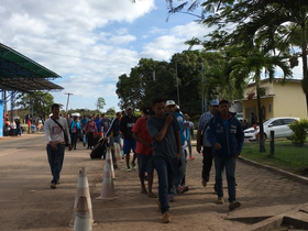 54% dos venezuelanos que entraram no Brasil já deixaram o país