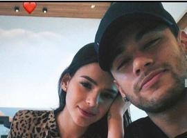 """""""Neymar e Bruna Marquezine vão casar"""", afirma pai do jogador"""