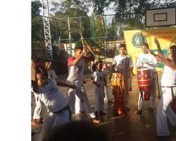 Marrecão diverte comunidade com capoeira inclusive nas férias