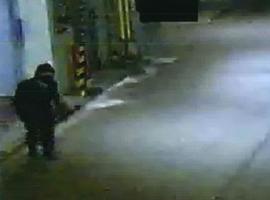 """Após 250 roubos vestido como """"ninja"""", ladrão de 74 anos é preso"""
