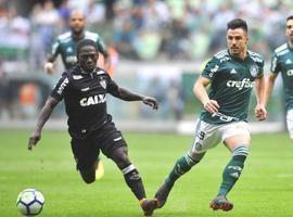 Bruno Henrique decide, Palmeiras bate o Galo no sufoco por 3 a 2