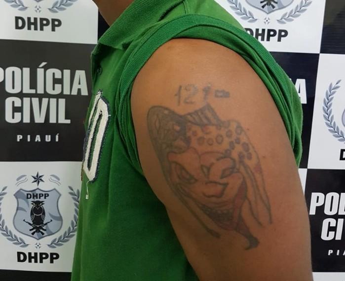 Tatuagem de Leandro Rodrigues (Crédito: Divulgação/ Policia Civil)