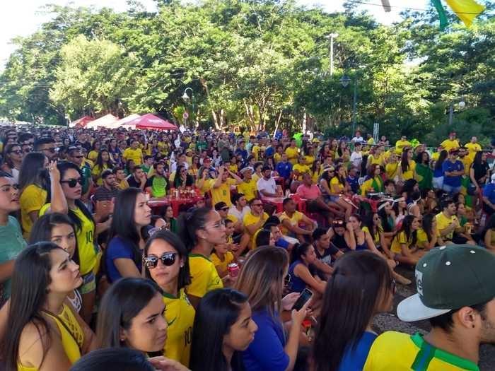 Torcedores acompanham jogo do Brasil na Arena Teresina  (Crédito: Divulgação )