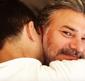 Leonardo Vieira troca alianças com seu companheiro: 'Casamos'