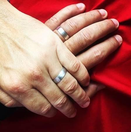 Leandro e Leonardo vivem há oito anos uma história de amor (Crédito:  reprodução/ instagram)