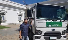 Prefeito João Luiz recebe um caminhão para agricultura familiar