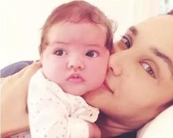 Débora Nascimento compartilha clique ao lado da filha Bella
