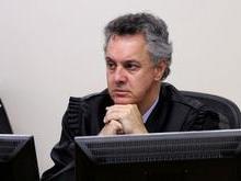 Relator da Lava Jato em 2ª instância determina que Lula siga preso