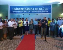 Prefeito Júnior Carvalho entrega obras importantes na área da saúde