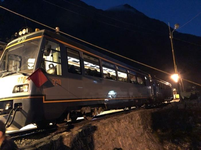 bf354ada450bb Trem parado em Macchu Pichu, no Peru (Crédito  Marcelo Carloni TV Diário