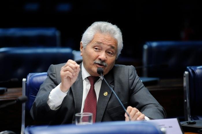 Elmano Férrer (Crédito: Senado)
